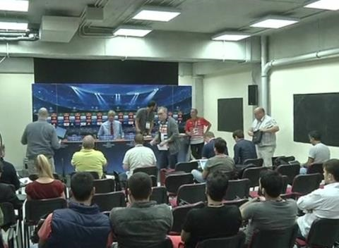 News video: Besiktas, Arsenal Coaches React to Tuesday's Champions League Playoffs